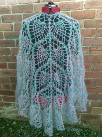 Heidis Crochet Scrapbook Pineapple Shawls